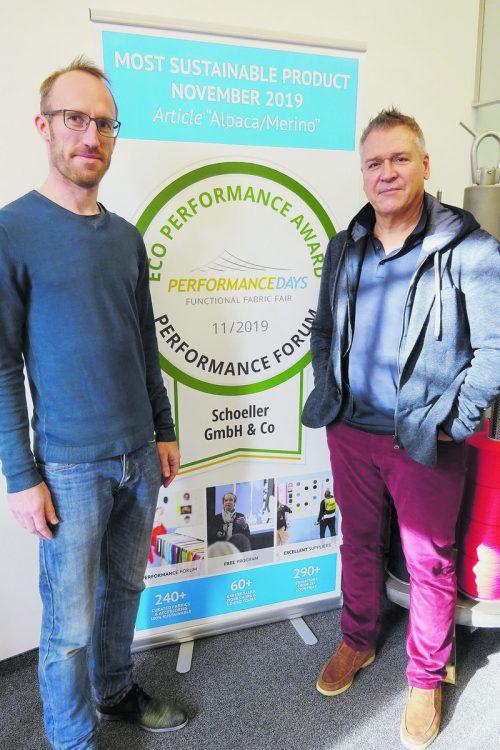 GF Kurt Haselwander (re.) und Stricktechniker Yourra De Poortere. Fa