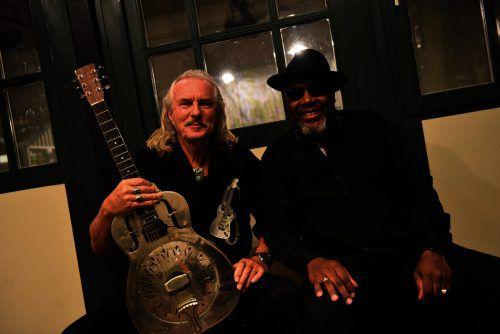 Hans Theessink und Big Dady Wilson sind gemeinsam auf Tournee. Veranstalter