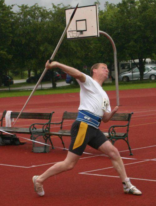 Harald Roth trat als Speerwerfer bei den Olympischen Spielen an. Dort holte er sich über die Jahre mehrere Goldmedaillen.