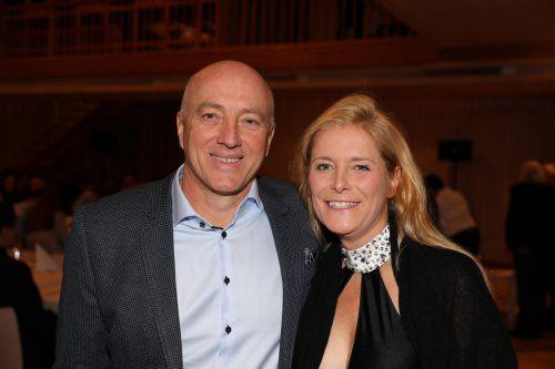 Im November war Dieter Schwarz, im Bild mit Partnerin Michaela Wölfle, geehrt worden.                              Noger