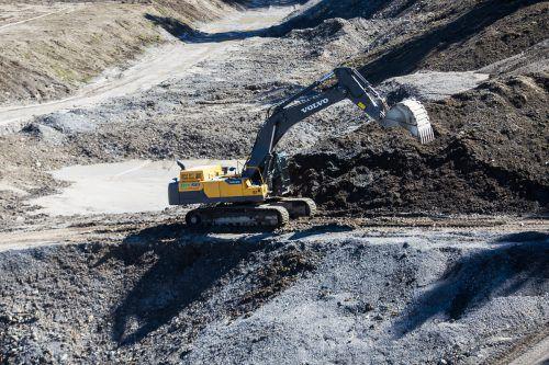 Im betroffenen Gebiet handelt es sich um den Schesa-Murbruch (Bild). Jetzt sollen Bagger auffahren, um nach möglicherweise illegal vergrabenem Müll zu suchen.VN/PS