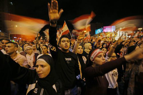 Im Libanon begannen vor anderthalb Wochen Proteste gegen die Regierung, die das öffentliche Leben in Beirut teilweise lahmgelegt haben. AFP