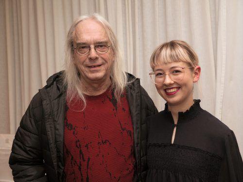 Im Publikum: Musiker Rolf Aberer mit Philomena Juen.