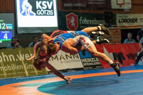 In der Ringer-Bundesliga mussten beide Ländle-Hochburgen Niederlagen zum Auftakt der Halbfinalserie hinnehmen. VN/Stiplovsek
