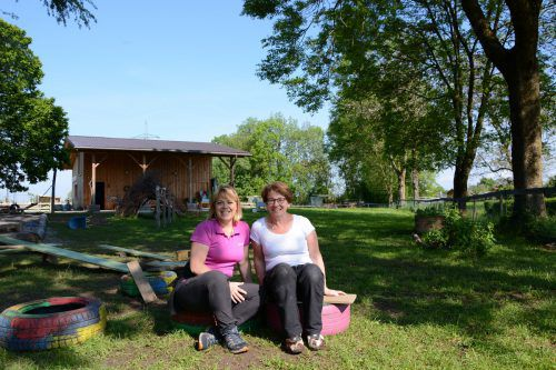 Kerstin, Irmi und das Team des Mobilen Familientreffs freuen sich auf viele Gäste.