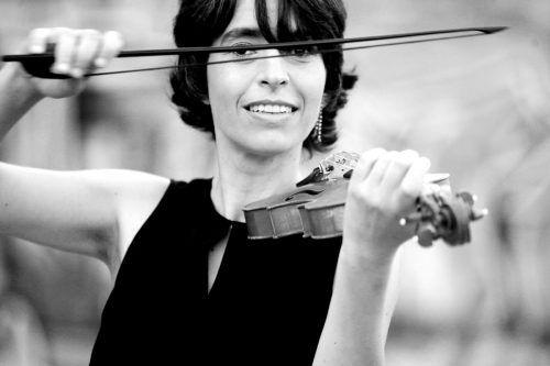 Lebendig und vielseitig präsentiert sich das Gli Incogniti Ensemble mit Amandine Beyer. Oskar Vasquez
