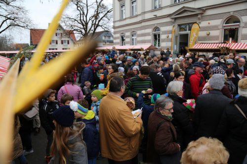 Man kann fast sagen, ganz Gisingen trifft sich mittlerweile auf dem Adventmarkt am Sebastianplatz.Emir T. Uysal