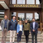 Gutes Zeugnis für das sanierte Schulgebäude in Lech