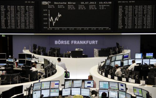 """Markus Kaller, Werner Böhler: """"Fonds oder Aktien brauchen fachliche Begleitung.""""Reuters"""