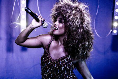 """Mit der Konzertshow """"One Night of Tina"""" wird der einzigartigen Rockröhre Tina Turner gehuldigt.bonnie britain"""