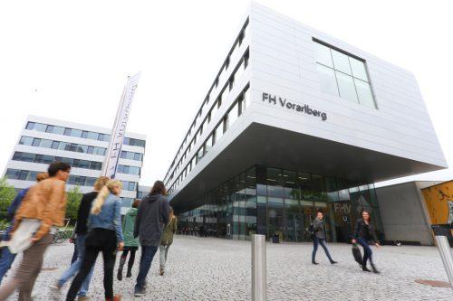 """""""Nachhaltige Energiesysteme"""" heißt der neue Masterstudiengang an der FH Vorarlberg. bernd hofmeister"""