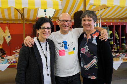 Organisationsteam Sandra, Stefan und Helga freute sich über die große Hilfsbereitschaft.