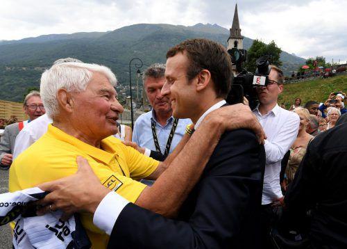 Raymond Poulidor 2017 mit dem französischen Präsidenten Emmanuel Macron.Afp
