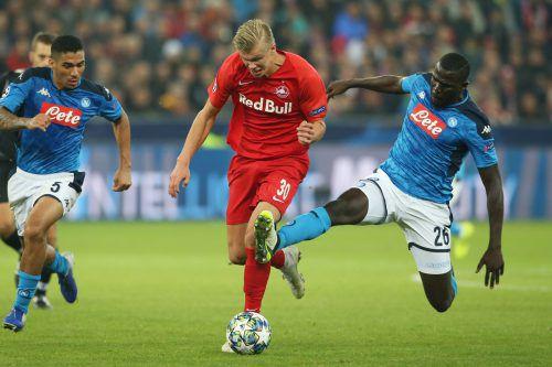 Salzburg-Goalgetter Erling Haaland wurde nach überstandenen Knieproblemen rechtzeitg fit für die Partie in Genk.GEPA