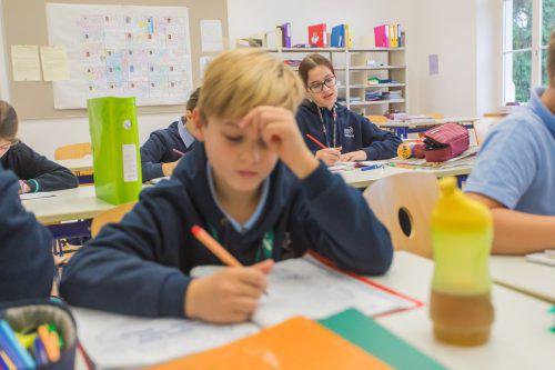 Schülerinnen und Schüler dürfen künftig mitreden, wenn über sie gesprochen und ihr Verhalten analysiert wird.VN/Steurer