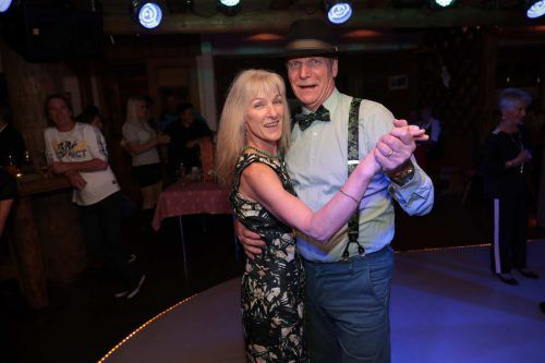 Silvia und Anton hatten Spaß auf dem Tanzparkett.