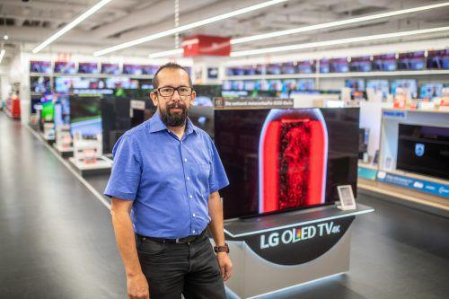 """T. Gutschi: """"Wir sind immer auf der Suche nach neuen Talenten. Das Wichtigste ist Begeisterung für Technik und Innovation"""".Sams"""