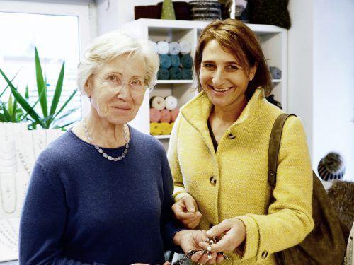 Unter den Besuchern waren auch Helma und Tochter Monika.