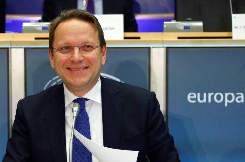 Varhelyis Antworten waren aus Sicht der Abgeordneten ausreichend. reuters