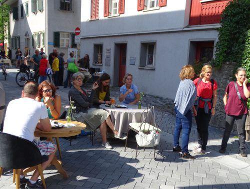 """Veranstaltungen wie die Reihe """"Stroßa Leaba"""" sollen die Hohenemser Einkaufsinnenstadt erlebbar machen. tf"""