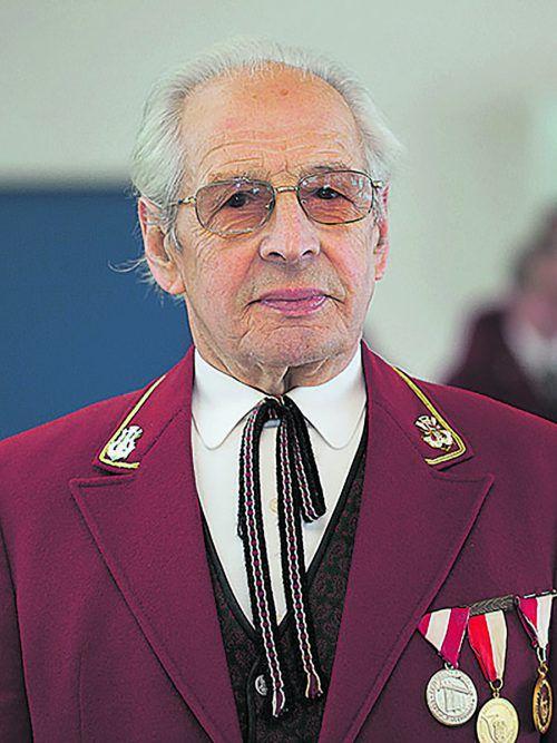 Xaver Sinz: Ehrenkapellmeister des Musikvereins Langen.
