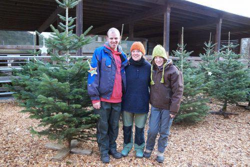 Ab heute werden am Sunnahof Tufers, der von der Lebenshilfe betrieben wird, wieder heimische Christbäume angeboten. Dazu gibt es einen kleinen Weihnachtsmarkt. lebenshilfe