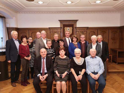 Acht Paare, die seit 50 Jahren ihr Leben teilen, zu Gast im Bregenzer Rathaus. Stadt Bregenz
