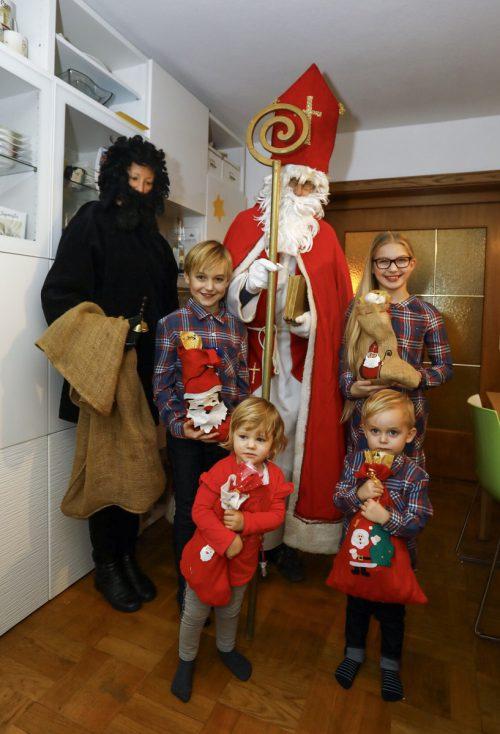 Anna, Lotta, Hugo und Lukas aus Lauterach haben bereits Besuch vom Nikolaus und seinem Helfer Knecht Ruprecht bekommen. Heute, Freitag, stehen weitere Besuche an. VN/Paulitsch
