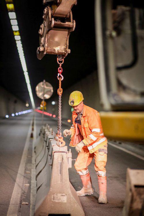 Arbeiten im Arlbergtunnel: Allein hier wurden für den notwendigen Sicherheitsausbau insgesamt 154 Millionen Euro aufgewendet. asfinag