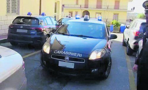 Bei der größten Anti-Mafia-Operation seit den 1980er-Jahren sind am Donnerstag in Italien 334 Personen festgenommen worden.