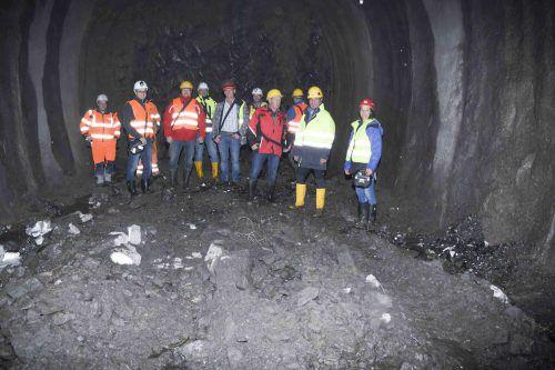 Besichtigung des imposanten Tunnels, der im Moment in Au entsteht. mam