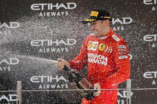 Charles Leclerc darf feiern: Sein Vertrag mit Ferrari wurde bis 2024 verlängert.REUTERS