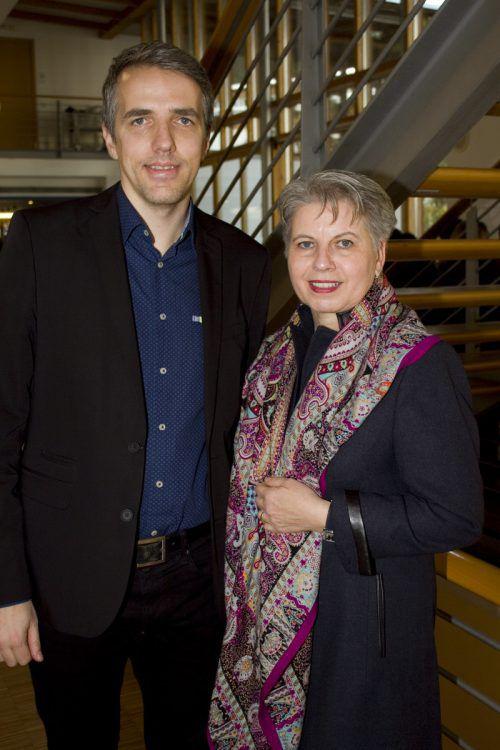 Daniel Mutschlechner u. Birgit Plemel freuten sich über den Anklang der Schau.