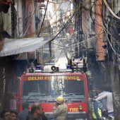 Feuer in Fabrik fordert 43 Tote