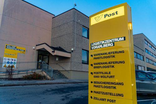 Das Paketverteilzentrum in Wolfurt ist der Post zu klein geworden. Ab Jänner wird erweitert.VN/Stiplovsek