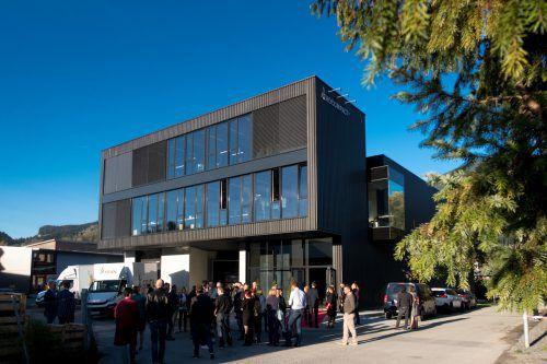Der erst im Herbst 2019 eröffnete Firmenstammsitz in Satteins ist bereits zur Gänze voll. Investiert wird eine Million Euro. aerocompact