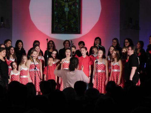 Der Götzner Calypso-Chor war beim heurigen Lichtblicke Konzert in der Altacher Pfarrkirche mit dabei.Mäser