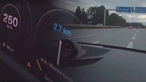 Der Schnellfahrer stellte das Video selbst auf Youtube.