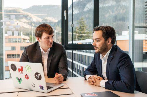 Die Antiloop-Geschäftsführer Gerold Böhler (rechts) und Matthias Frick freuen sich über das erfolgreiche Geschäftsjahr.Antiloop/Keckeis
