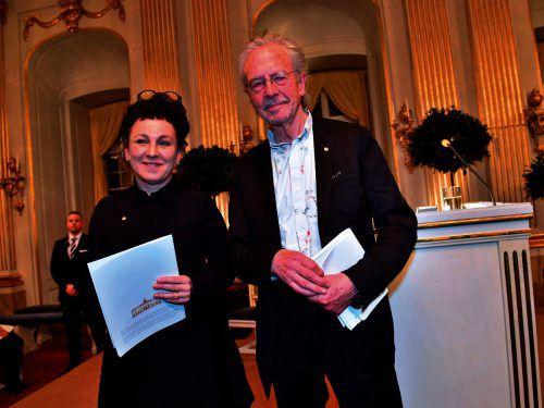 Die beiden Literaturnobelpreisträger Olga Tokarczuk und Peter Handke haben sich in ihren Nobelvorlesungen auf völlig unterschiedliche Themen konzentriert. AFP