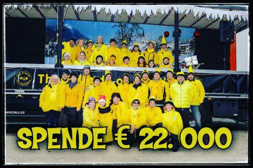 Die Friends of Nüziders freuen sich über Spendengelder in der Höhe von 22.000 Euro, die beim Friends-Weihnachtsmarkt eingenommen wurden. friends