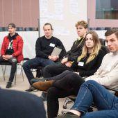 130 Lehrlinge im FrageRaum Politik