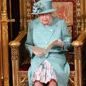 Queen eröffnet das britische Parlament