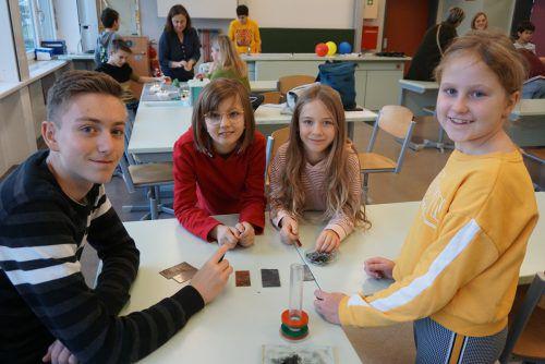 Die Volksschüler des Tals schnupperten kürzlich in den Schulalltag der Klostertaler Mittelschüler. SChule