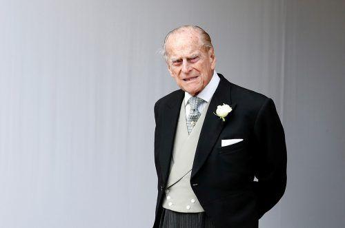 August 2017 Der damals 96 Jahre alte Prinz Philip geht in Rente: Der Ehemann von Königin Elizabeth II. hat seinen letzten offiziellen Termin als Herzog von Edinburgh. In den Jahren zuvor litt Philip unter gesundheitlichen Beschwerden, darunter Blasenentzündungen und Herzprobleme.