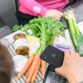 Bezahldienst Apple Pay weitet sich aus. D1