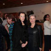 "<p class=""caption"">Gäste-Duo: Irmi Ritter-Sachs und Brigitte Plemel.</p>"