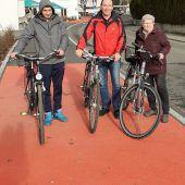 Radweg am Kreisverkehr nun fertiggestellt
