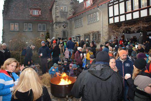Hunderte von Besuchern waren vergangenes Jahr vom ersten Märktle im Schlosshof begeistert. afp