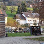 Neue Urnenwände am Weiler Friedhof